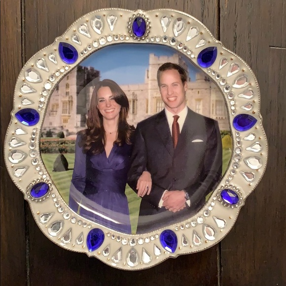 The Bradford Exchange Other - Bradford Exchange Royal Engagement Collector Plate